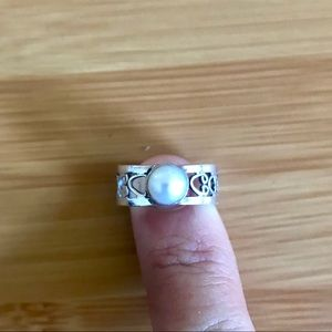 Silver & Fresh Water Pearl Ring 925 S 5.5 like new